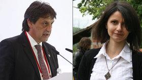 Ministr dělal sexuální narážky na reportérku, co si klekla. Povede agenty