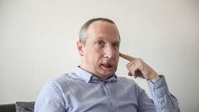 """""""Kravina, extrém."""" Klaus ml. naštval i Kalouska. Návrhem trestů za mazání příspěvků"""