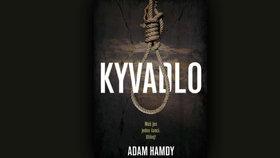 Recenze: Kyvadlo je jedním z nejlepších thrillerů roku, délka ale knize škodí