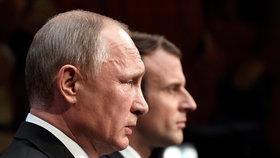 """Macron vytáhl na Putina gaye i chemické zbraně. """"Mluvili jsme otevřeně"""""""
