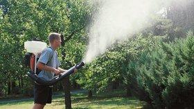 Postřikovače: Zavlaží, zničí plevel, ochrání před škůdci!