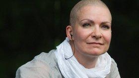 Anna K. má v prsu nový nádor! Jak poznáte příznaky rakoviny prsu?
