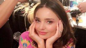 Celebrity na síti: Monika Absolonová má nové vlasy a Miranda Kerr se vdala