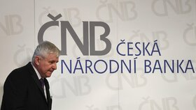 ČNB zvýšila úrokové sazby. Hypotéky zdraží, špatná zpráva pro zadlužené, říká ekonom