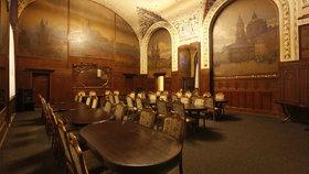 Hlavní nádraží v Praze má luxusní prezidentský salonek. Najdete ho ve Fantově budově