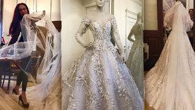 Nejutajovanější svatba léta  Ručně vyšívané šaty od Matragi 240db0ba5d