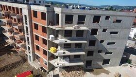 Bytová krize pokračuje. Ceny pražských nemovitostí letí vzhůru, nových bytů ubylo