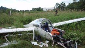 Další pilot v nesnázích: Nad kluzákem ztratil vládu, stihl nouzově přistát