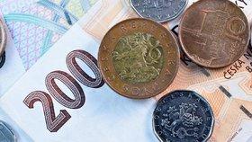 Česká koruna trhá rekordy. Je nejsilnější k dolaru i euru za poslední měsíce