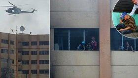 Velký požár na ministerstvu financí: Dvě ženy zemřely, lidé skákali z oken
