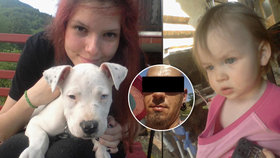 Mrazivý snímek: Monika s dcerou se fotily u krbu, ve kterém je měl Miroslav později spálit