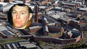 Vězeň si žiletkou uřízl penis: Boj o jeho chloubu trval 26 hodin