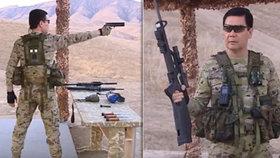 """Kam se """"hrabe"""" drsňák Putin. Asijský diktátor v maskáčích hází nože a střílí jako sniper"""