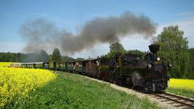 Praha oslavuje významné výročí. Před 175 lety sem přijel první vlak. K vidění budou historické stroje