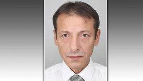 Policie pátrá po sběrateli mincí: Evžen (50) odešel na autobus, domů se nevrátil