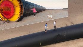 """Moře v Británii vyplavilo """"obry"""". Gigantické trubky mají až půl kilometru"""