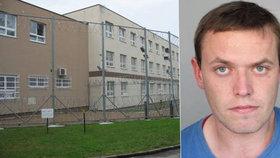 Útěk vězně z Mirákula: Přihlásila se sám v pražském kriminále