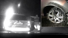 Opilec (48) ujížděl před policií noční Prahou. Zkusil to i s proraženými pneumatikami