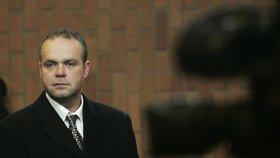 Advokátovi Krejčíře hrozí kriminál! Policie ho zatkla za korupci