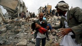 Nálet na obytnou čtvrť zabil šest dětí. V Jemenu zemřelo nejméně 12 civilistů