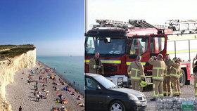 Lidi začaly pálit oči a zvraceli. Záhadná chemická mlha se snesla na britskou pláž