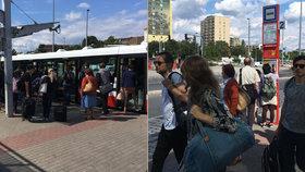 Katastrofální start integrace Kladenska: Nevyjelo 500 autobusů, ČSAD Kladno se lidem omluvilo