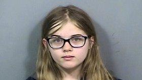 Holčička (12) bodla 19krát spolužačku kvůli smyšlenému strašidlu. Vězení se vyhne