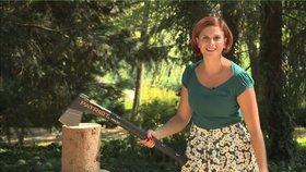 VIDEO: Sekery a štípačky na podzim nezahálí