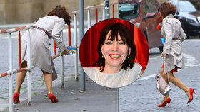 Míšo, takhle ne! Dolinová předvedla v centru Prahy, jak přijít k úrazu