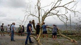 Tři týdny od hurikánu a Portoriko je stále bez proudu. Mrtvých dál přibývá