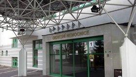 Nemocnice nemusí platit rodině oběti heparinového vraha. Žádala 8,8 milionu