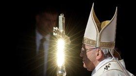 Papež František svatořečil dětské mučedníky. Pro víru umírali ve 12 letech