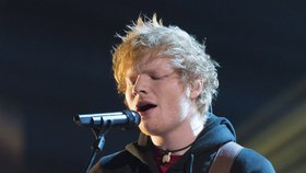 Ed Sheeran přidává v Praze další koncert. O jeho vstupenky je rekordní zájem i v Čechách