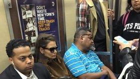 Exmanželka Cruise Katie Holmes vyzkoušela metro: Ukázkově kyselý obličej!