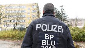 Policista (57) v práci osahával ženy (76 a 50): Dostal 2 roky a 8 měsíců