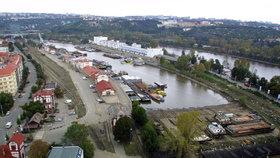 Holešovický poloostrov spojí s břehem nová lávka: Při povodni pomůže evakuaci