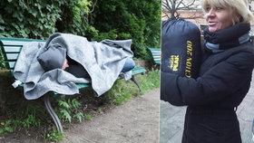 Zima se blíží: Aktivisté sbírají spacáky. Rozdají je pražským bezdomovcům