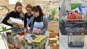Stovky lidí se zapojily do potravinové sbírky: Nakoupili i za 20 tisíc korun