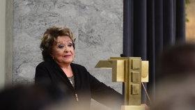Jiřina Bohdalová o pohřbu Štědrého: S Gottem jsem mluvila v síni! Venku jsem ho nekritizovala