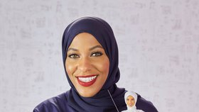 Barbie nosí hidžáb a má silnější nohy stejně jako americká šermířka