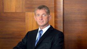 Janoušek do vězení nemusí! Soud mu nástup odložil o dva roky