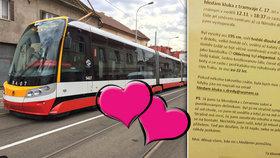 """Láska z tramvaje č. 17: """"Ta blondýnka"""" v červené sukni hledá dredaře ve fraku. Bude happy end?"""