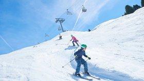 Tragédie českého chlapce v Alpách. Hlavou narazil do sněžného děla