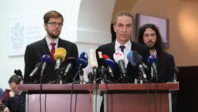 """Piráty chtějí vést Bartoš, Pikal i Ferjenčík. """"Potížista"""" Michálek udělal, co slíbil"""