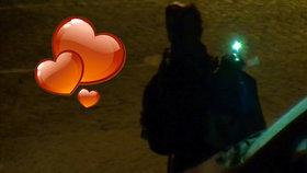 Z vandala se vyklubal zamilovaný Romeo (29): Srdíčky ozdobil auto své milované