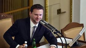 Televize v Česku má zas vysílat i slovensky, uvítal by to šéf Sněmovny Vondráček