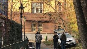 Mrtvý muž v centru Prahy: Jeho tělo ráno objevili u Jindřišské, nejspíš to byl bezdomovec