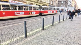 Mezi »Strossem« a Hradčanskou nepojedou týden tramvaje. Navážou další omezení