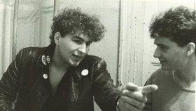 Našli ztracený videoklip Tří sester z roku 1989! Byl na kazetě, která podpírala stůl