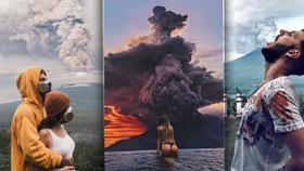 Hele, za chvíli to bouchne! Běsnící sopka je nová neodolatelná turistická atrakce Bali